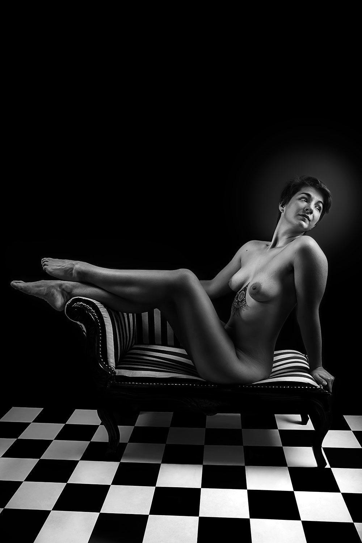 F0616 - The bather by Idan Wizen