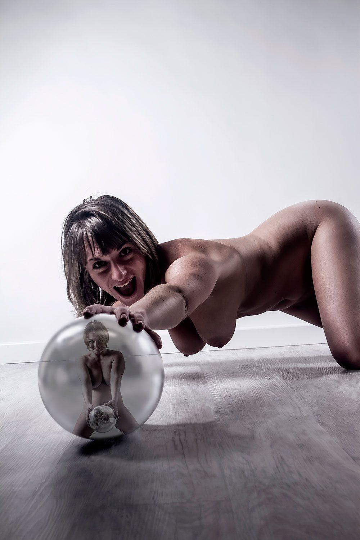 F0284 - L'incrustée by Idan Wizen