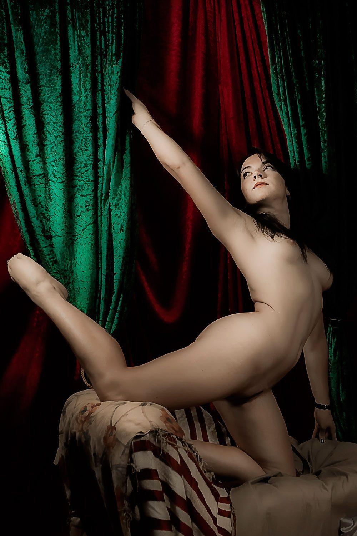 F0394 - Gymnasticam by Idan Wizen